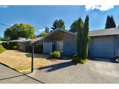 Portland Single Family Home For Sale: 9440 SW Wilshire St