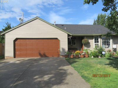Forest Grove OR Single Family Home For Sale: $299,900