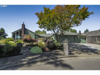 Portland Single Family Home For Sale: 5305 NW Tamarron Pl