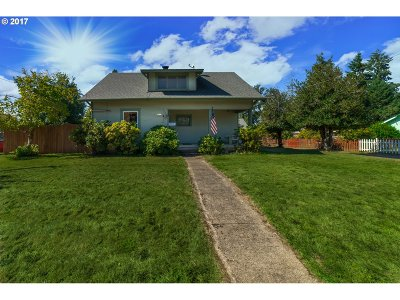 Cottage Grove Single Family Home For Sale: 1215 S 4th St