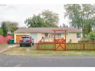 Beaverton Single Family Home For Sale: 110 SW 140th Ave