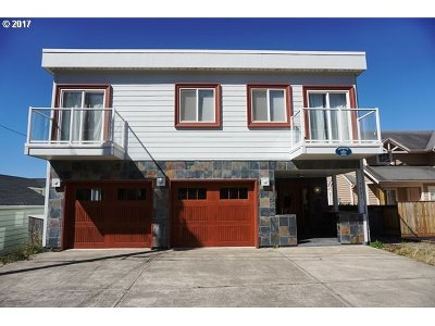 Lincoln City Single Family Home For Sale: 7421 Logan Rd