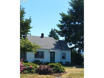 Scappoose Single Family Home For Sale: 33370 SW Em Watts Rd