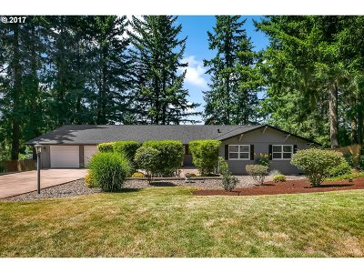 Tigard Single Family Home For Sale: 16075 SW Colony Pl