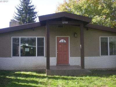 Milwaukie, Gladstone Single Family Home For Sale: 12583 SE 24th Ave