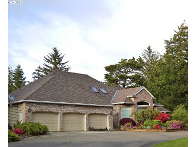 Bandon Single Family Home For Sale: 88791 Hull Loop