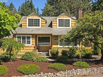 Portland Single Family Home For Sale: 7455 SW Canyon Ln