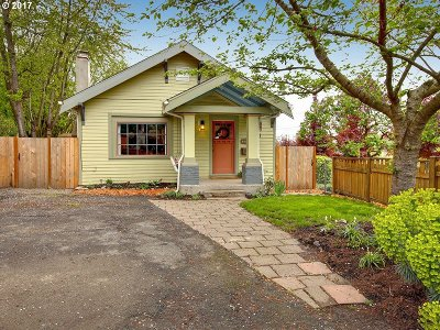 Portland OR Single Family Home For Sale: $369,000