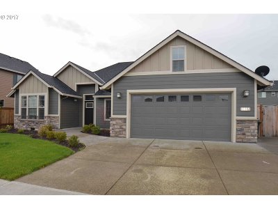 Wilsonville, Canby, Aurora Single Family Home For Sale: 1817 SE 10th Ave