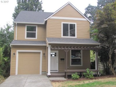 Portland Single Family Home For Sale: 6014 SW View Point Ter