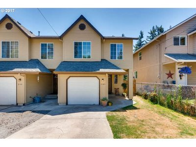 North Plains Multi Family Home For Sale: 31160 NW Hillcrest St