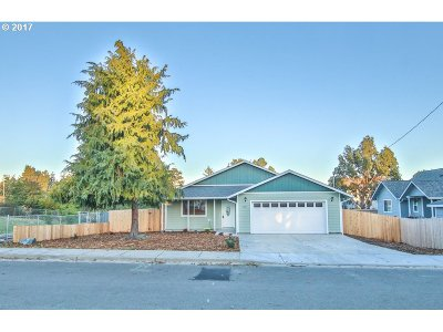 Coos Bay Single Family Home For Sale: 1345 Fenwick St