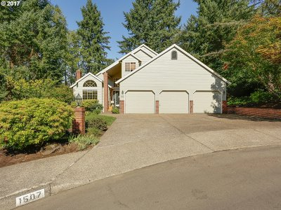 West Linn Single Family Home For Sale: 1507 Braemar Ct