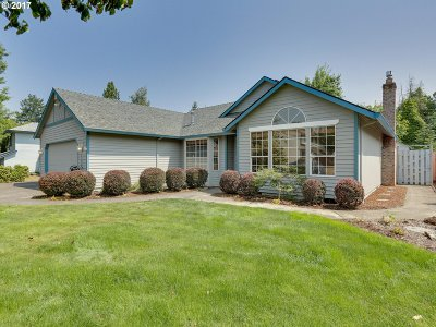 Milwaukie Single Family Home For Sale: 11336 SE 64th Ave