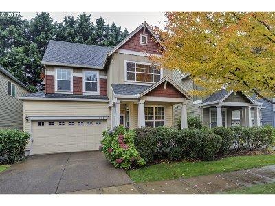 Hillsboro Single Family Home For Sale: 1122 SE Roundelay St
