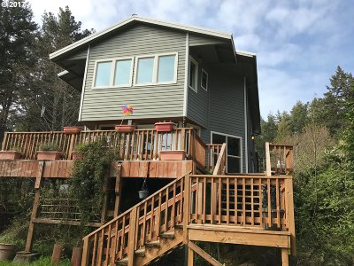 Gold Beach Single Family Home For Sale: 26672 Sebastian Ln