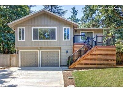 Lake Oswego OR Single Family Home For Sale: $650,000