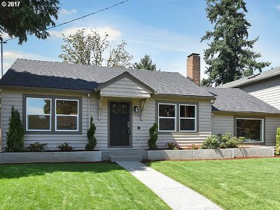 Portland Single Family Home For Sale: 7945 N Foss Ave