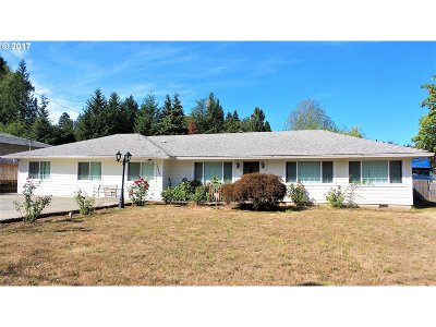 Milwaukie Single Family Home For Sale: 16401 SE Webster Rd