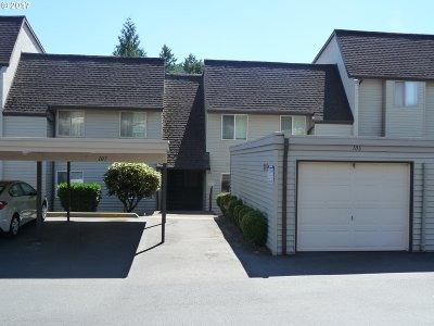 Gresham Condo/Townhouse For Sale: 200 SW Florence Ave #H10
