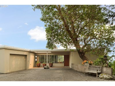 Single Family Home For Sale: 5330 SW Westwood Ln