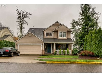 Happy Valley, Clackamas Single Family Home For Sale: 14884 SE Stanhope Rd