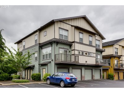Happy Valley, Clackamas Condo/Townhouse For Sale: 11264 SE Causey Cir