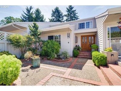 Wilsonville Single Family Home For Sale: 7916 SW Sacajawea Way
