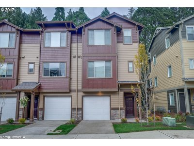 Sequoia Village Townhomes, Sequoia Village Single Family Home For Sale: 256 NE 79th Ave