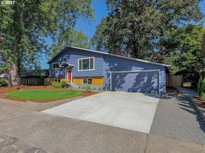 Beaverton OR Single Family Home For Sale: $479,000