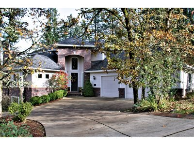 Eugene Single Family Home For Sale: 3023 Summit Terrace Dr