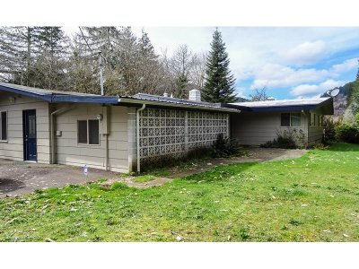 Single Family Home Sold: 10877 E Mapleton Rd