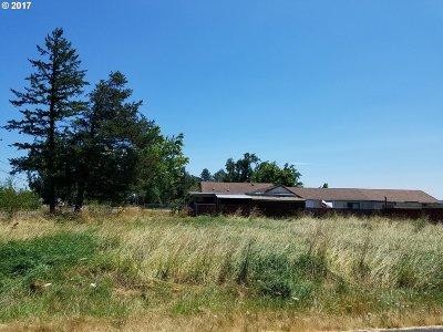 Eugene Single Family Home For Sale: 5780 Royal Ave