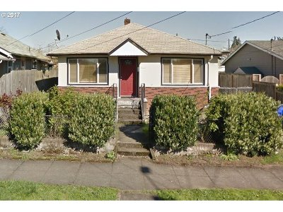 Portland Single Family Home For Sale: 3518 SE 63rd Ave