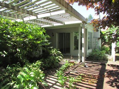Salem Single Family Home Sold: 1065 NW Teviot Pl
