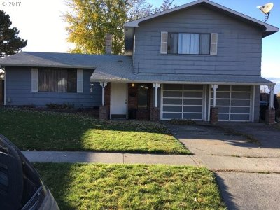 Hermiston Single Family Home For Sale: 910 SE 5th St