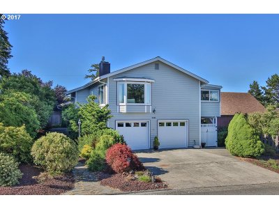 North Bend Single Family Home For Sale: 2345 Clark