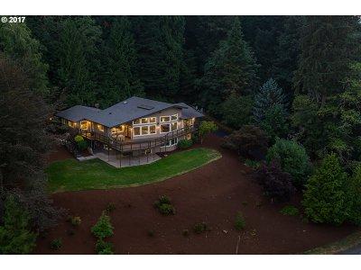 Single Family Home For Sale: 8015 SE Hogan Rd