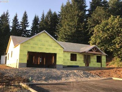 Estacada Single Family Home For Sale: 1235 NE Stair Way