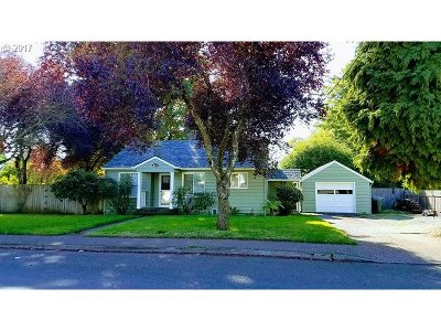 Canby OR Single Family Home For Sale: $245,000