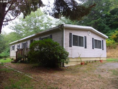 North Bend Single Family Home For Sale: 68718 Dixie Rd