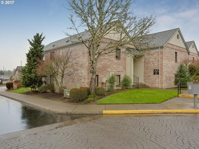 Tigard Condo/Townhouse For Sale: 16473 SW 130th Ter #103