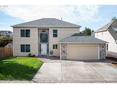 Portland Single Family Home For Sale: 5373 NW Lianna Way