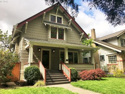 Single Family Home For Sale: 1637 SE Ladd Ave