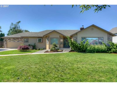 Stayton Single Family Home For Sale: 802 E Jefferson St