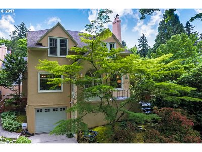 Clackamas County, Multnomah County, Washington County Single Family Home For Sale: 7824 SE 27th Ave