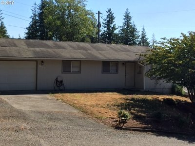 Coquille OR Single Family Home For Sale: $189,000