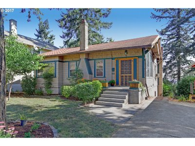 Single Family Home For Sale: 7091 SE Pine St