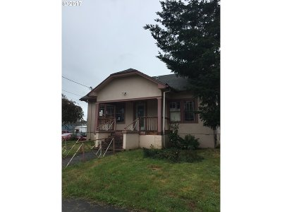 Molalla Single Family Home For Sale: 124 Engle Ave