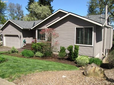 West Linn Single Family Home For Sale: 17911 Hillside Dr